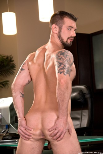 bubble-butt-men-naked-muscle-ass-nude-guys-hunks-studs-dudes-men (8)