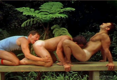 tanline-gay-sex